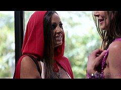 Little Red: A Lesbian Fairy Tale part 3 - Abiga...