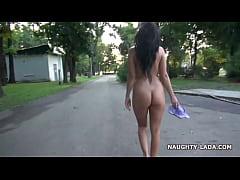 thumb nude walk and masturbate in a park