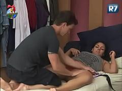 A Fazenda   Melancia ganha nova massagem de Dud...