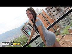 BANGBROS - Young Colombian Amateur, Valeria, Wa...