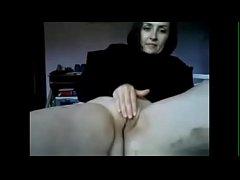 Mature Amateur MILF Masturbating on Homemade We...