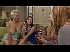 Lesbian Step sisters have feelings - Girlfriend...