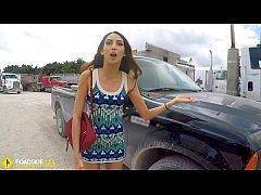 Roadside - Spicy Latina fucks a big dick to fre...
