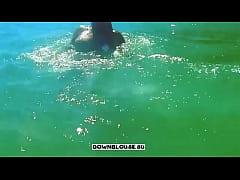 выпал ливчик во время купания в море