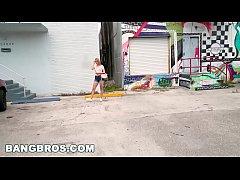 BANGBROS - Sexy Siren Kendall Kross Gets Her Bi...