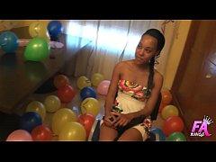 Ebony beauty celebrates her 18 birthday by havi...