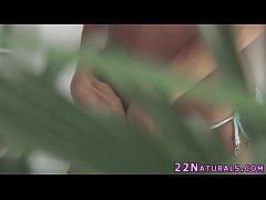 Natural babe solo rubbing