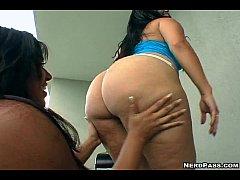 Cynthia Bang hot threesome...