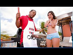 BANGBROS - Grill Master Shorty Mac Serves Alexi...
