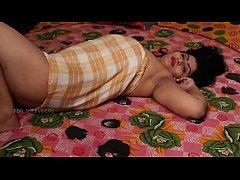 Desi Aunty Tempting Herself...