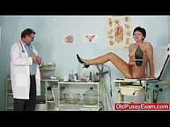 Unshaven housewife Eva visits gyno doc fuck hol...