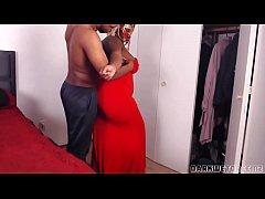 Big Booty Stepmom Needs Help With Her Dress!