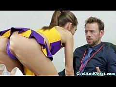 Cheerleader Riley Reid tastes coaches jizz