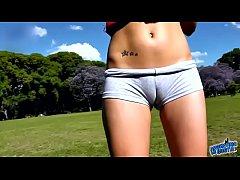 ROUND ASS TEEN in Short Shorts EXPOSING big CAM...