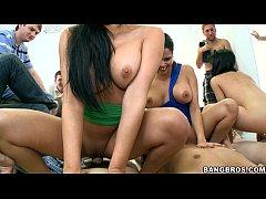 Abella Anderson and Rebecca Linares get Slutty
