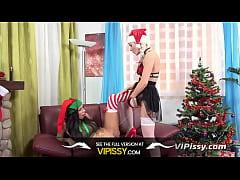 Vipissy - A Golden Christmas - Piss Drinking