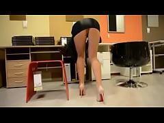 Upskirt naughty secretary in high heels   pantyhose - xHamst