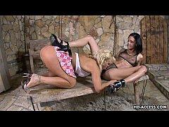 Two hot lesbians dive...
