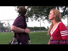 18yo cheerleader Jessie Rogers stuffed with big...