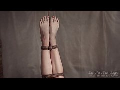 Suspension jute tied legs in lingerie