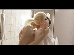 Overwatch Sluty Mercy caugth in the shower. Ins...