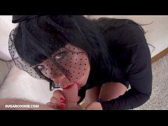 Busty brunette milf Valentina Ricci gives a blo...