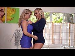 Busty lesbians Olivia Austin & Alyssa Lynn give each other face sittings