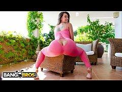 BANGBROS - Clara Gold Is A Sexy Spanish Babe Wi...