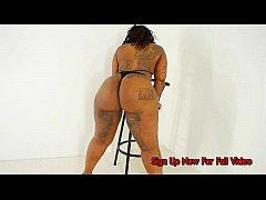 thumb lady free xxl christina fox candy da body and 10 big booty strippers