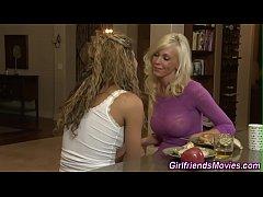 Teen lesbian licking milf