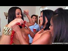 estrelas porno bangbros fodem estudantes universitários na festa do dormitório (di11862)