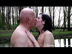 Teen Daniela Rose 69ing an old guy