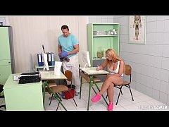 Busty babes Sensual Jane & Kyra Hot share janit...