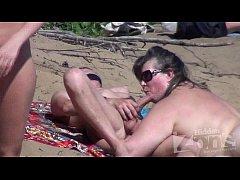 thumb voyeur blowj ob on a nudist beach
