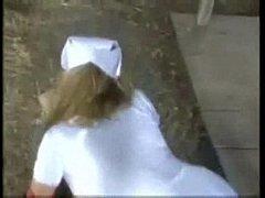 Essa enfermeira È gostosa
