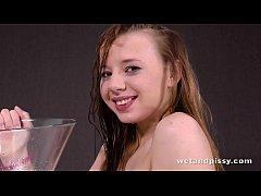 Cute young teen girl...
