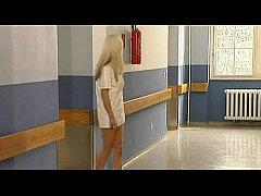 Katsumi A L'Ecole Des Infirmieres 1