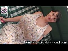 Penelope Black Diamond milk coffee Preview