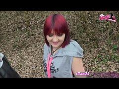 Jogger fickt deutsche kurvige rot haarige teen outdoor