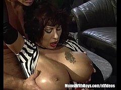pussy_1904422