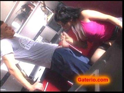 gigi love estrella porno espanola follando en la cocina