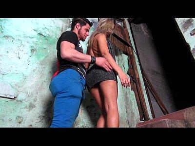 Putinha gostosa da favela
