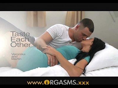 ORGASMS Taste Each Other full scene