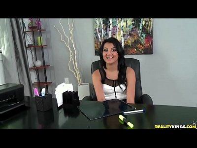 video llamada de whatsapp de RealityKings - First Time Auditions - Licking Baz