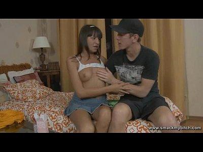 Verónica le encanta el hardcore adolescente anal