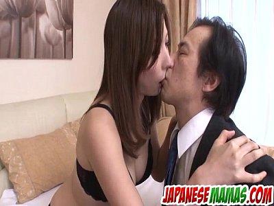 Smashing porno con sexy milf mirei yokoyama