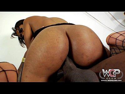 fotos porno en hd de WCPClub Cali Sweets loves riding a BBC with her big ass
