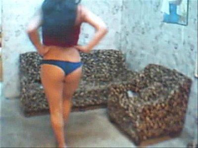 Morocha infernal en tangas - mayfer