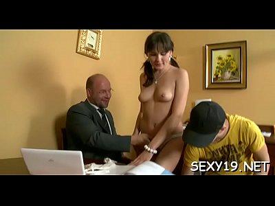 Chicas loca bootylicious amirah adara loves hardcore sex