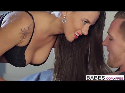 Casal muito elegante fazendo sexo anal no hotel